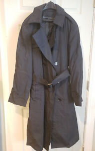 DSCP Military Men All Weather Coat NSN 8405-01-308-8696 – 40R W/ Liner