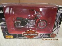 Maisto Harley Davidson XL 1200C Sportster 1200 Custom  NIB  1:18 Scale
