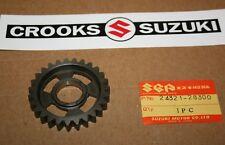 NOS Genuine Suzuki 24321-28300 TM100 / TM125 / RM125 / RM100 27T 2nd Driven Gear