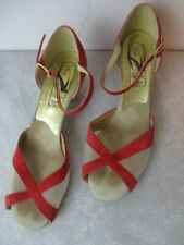 Women's Vintage Shoes 1950 1960 red peep toe 8 Elegant Made in Usa