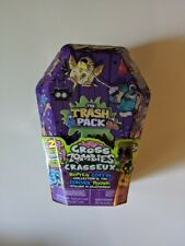 Trash Pack Gross Zombies ROTTEN COFFIN Collector's Tin W/ 2 EXCLUSIVE FIGURES