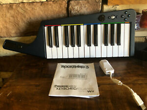 Rock Band 3 Wireless Keyboard with Manual & Dongle for Nintendo Wii by Mad Catz