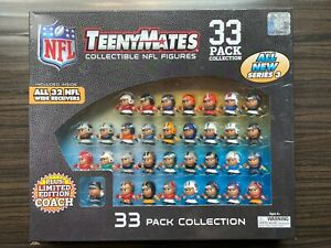 Teeny Mates NFL Collectible Gift Set - Series 3 33 Pack with Coach
