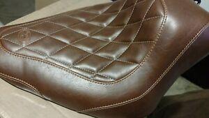 Mustang Brown Wide Tripper Diamond Stitch Solo Seat - 76766