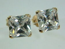 PRETTY 9CT GOLD SQUARE CLEAR GEM EARSTUDS
