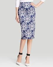 Cynthia Rowley Slim Snow Flake Printed Bodycone Pencil Skirt .NWT Sz.6