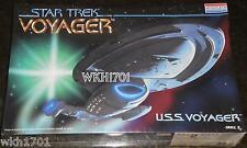 Uss Voyager Model Kit Misb + Deflector Lighting Parts , Fiber Optic Star Trek