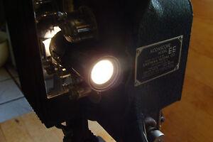 Vintage KODASCOPE model EE projector in case 16mm, VERY CLEAN AND NICE dry belt