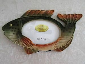 Picture Frame for 6 x 4 photo - FISH design - NEW