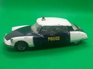 DINKY TOYS CITROEN DS 19 Police made in France Meccano 1/43 original