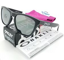 168a887e281f NEW Oakley Frogskins sunglasses Black Iridium Polarized 24-297 AUTHENTIC  9013