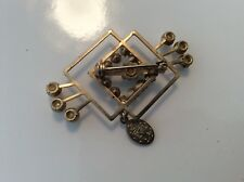 VINTAGE RELIGIOUS MOTHER MARY GOLD TONE aurora boriallis STONES pearls BROOCH