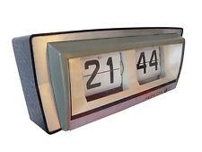 rare réveil  horloge pendule à guichets  VEDETTE  Des Années  60's / 70's