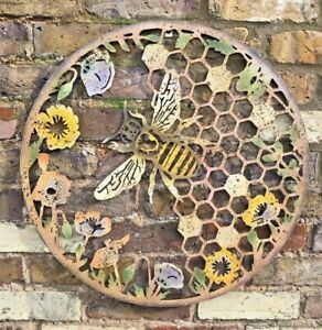 Bee Flower Hive Wall Art Garden Ornament Lawn Patio Metal Gift Present Quirky