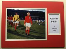 "England Football Gordon Banks Signed 16"" X 12"" Double Mounted Display"
