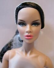 Fashion Royalty Vanessa Perrin Fashion Explorer With Stand Extra Hands & Coa 209