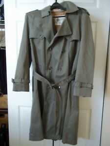 MISTY HARBOR MENS KHAKI TRENCH RAINCOAT COAT BELTED SZ 42 R WITH ZIP OUT LINING