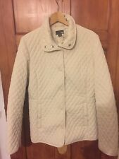Cream jacket outdoors quilted prestud fastening and back DETAIL H&M SIZE M