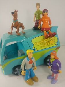 VINTAGE IM A THINKING TOY THE MYSTERY MACHINE VAN & ALL 5 CHARACTERS SCOOBY-DOO