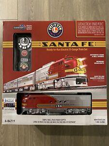 Lionel 6-84719 Santa Fe Super Chief LionChief Set w/Bluetooth