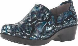 Naturalizer @ Work Womens Freeda Slip Resistant Clog Shoe