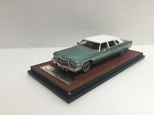 1/43 1976 Cadillac Fleetwood series 75 green Lim.100 pcs. GLM