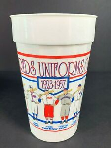 Vintage Plastic Cup 1993 CINCINNATI REDS Uniforms Of The Past 1923-1957