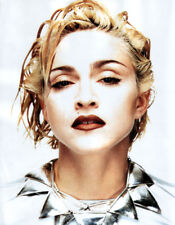 Madonna UNSIGNED photo - L8648 - Beautiful American actress & singer - NEW IMAGE