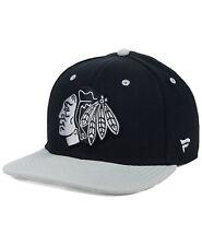 CHICAGO BLACKHAWKS NHL FANATICS BRAND BLACKOUT EMBLEM OSFM SNAPBACK HAT/CAP NWT