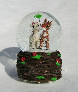 "NIB RUDOLPH & CLARICE MISTLETOE MUSICAL CHRISTMAS GLITTERDOME SNOW GLOBE 5.75"" H"