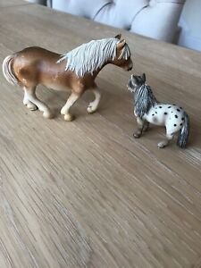 Bundle of Two Schleich Horses