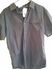 NWT JEANS BY BUFFALO MENS SIZE LARGE BLACK BUTTON DOWN SHORT SLEEVE MSRP$40