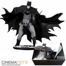 DC Direct Batman The Dark Knight Black & White Raphael Grampa Statue