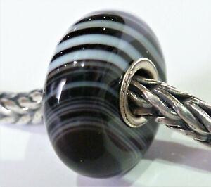 Trollbeads Glas Lila mit Weiß Graue Streifen und 925 Silber Unikat Sehr Schön!