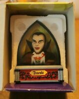 Westland Giftware 3-D Dracula Bust in Lucite Universal Studios Monsters