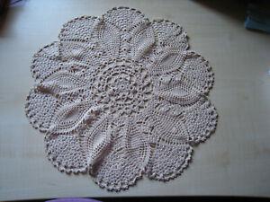 Häkel Deckchen rund, beige, ca. 41 x 41 cm