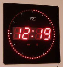 LED - Wanduhr mit Zahlen rot quadratisch digital Uhr Datum Temperatur Alarm S