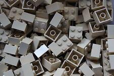 LEGO 50 x BEIGE/TAN BRICKS 2 x 2  No 3003 CITY-STAR WARS-MOVIE-FRIENDS