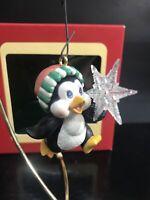 1993 Carlton Cards GOOD CATCH! PENGUIN HOLDING STAR Snowflake Ornament Heirloom