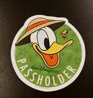 NEW Authentic 2020 Walt Disney World Epcot Donald Duck Annual Passholder Magnet