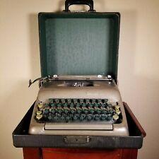 1940 SMITH CORONA STERLING typewritter ***Working***