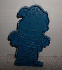 Vintage Hallmark Peanuts Linus Cookie Cutter