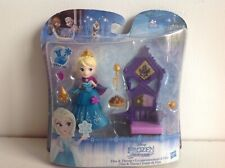 Disney Frozen Elsa and Throne Little Kingdom Snap in Doll Playset Figure Pack