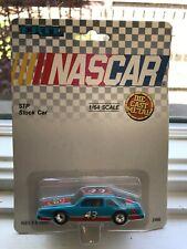 1990 NASCAR STP STOCK Car 1/64 43 Richard Petty ERTL
