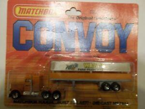 Matchbox Convoy 050205 Peterbilt Walt's Farm Produce - Mint on Card