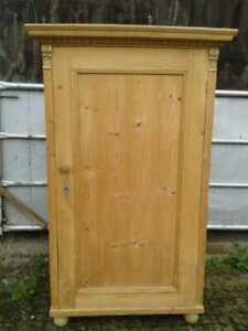 Antique Continental Pine Pantry Linen Cupboard Armoire with Four Shelves C1900's
