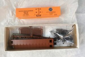 Pacific Fruit Express Refrigerator Car, 92855, R-30-12-9, Red Caboose RC-4101-5