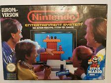 NES Nintendo Entertainment System mit zwei Controllern und OVP