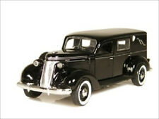 1937 STUDEBAKER HEARSE WITH PLASTIC DISPLAY CASE 1/43 BY PHOENIX MINT 18370