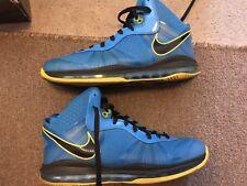 """Nike LeBron 8 V2 """"Entourage"""" SIZE 14 429676 401"""